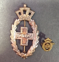 BELGIUM Badge And Miniature Of Red Cross 1940-45 Service Medal