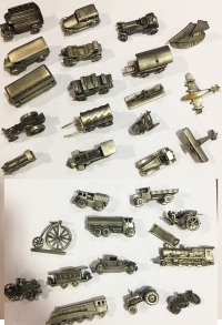 Collection of 30 Pcs metal miniature