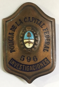 ARGENTINA Police Badge