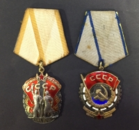 RUSSIA 2 MedalsWII ( Order Of The Red Banner Of Labour and Medal of Valuer)